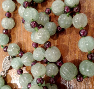 Adventurine and garnet necklace