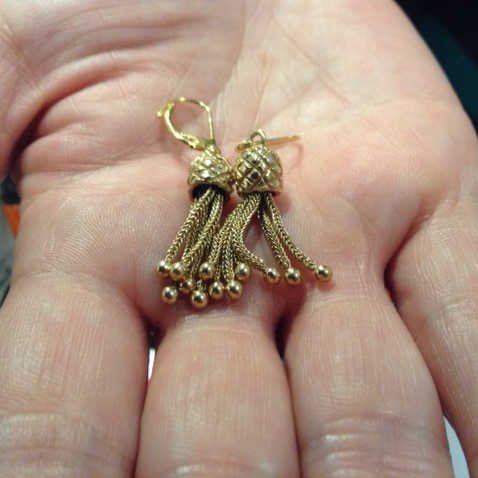 Antique 18K gold tassle earrings.