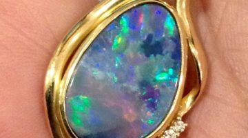 Opal – the October Birthstone – Birth Month Gemstones